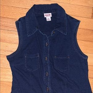 Mossimo blue jean button down tank top